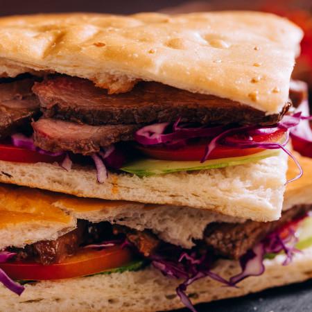 Bánh mì Kebab thịt bò